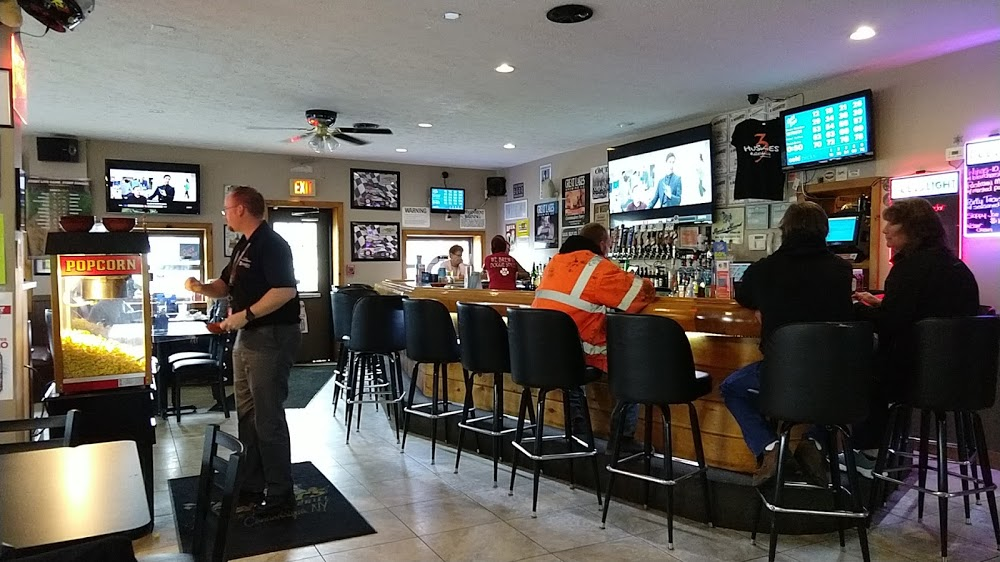 Dobbers Sports Bar & Grill & Three Huskies Brewing