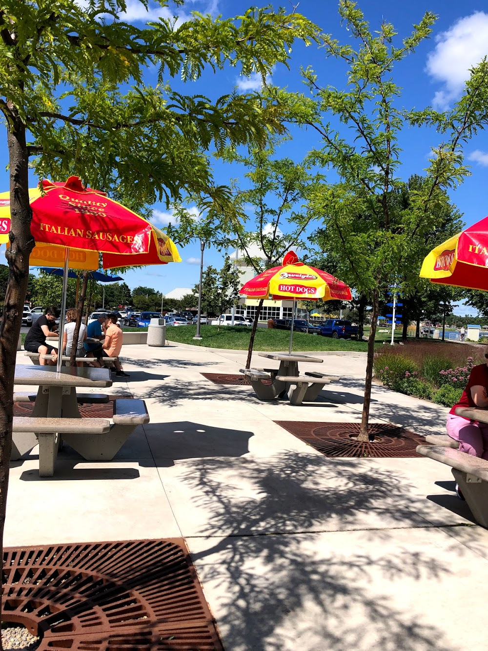 Long Pier Ice Cream & Rentals