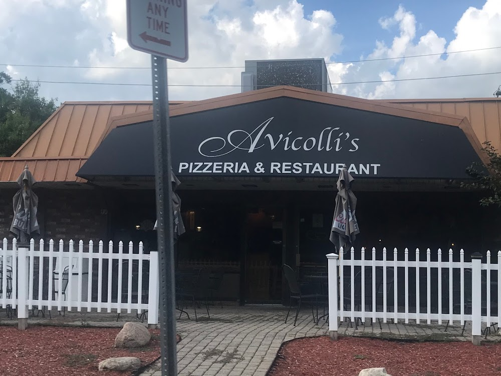 Avicolli's Pizza