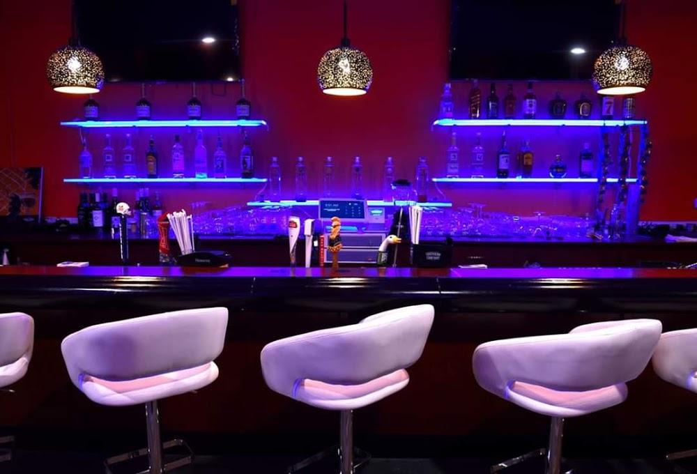 Lavish Lounge, Bar and Restaurant