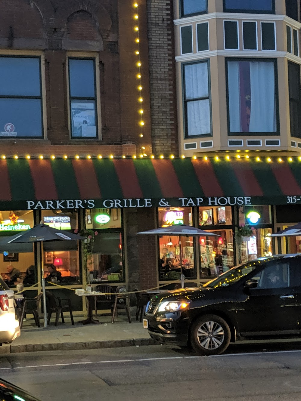Parker's Grille & Tap House