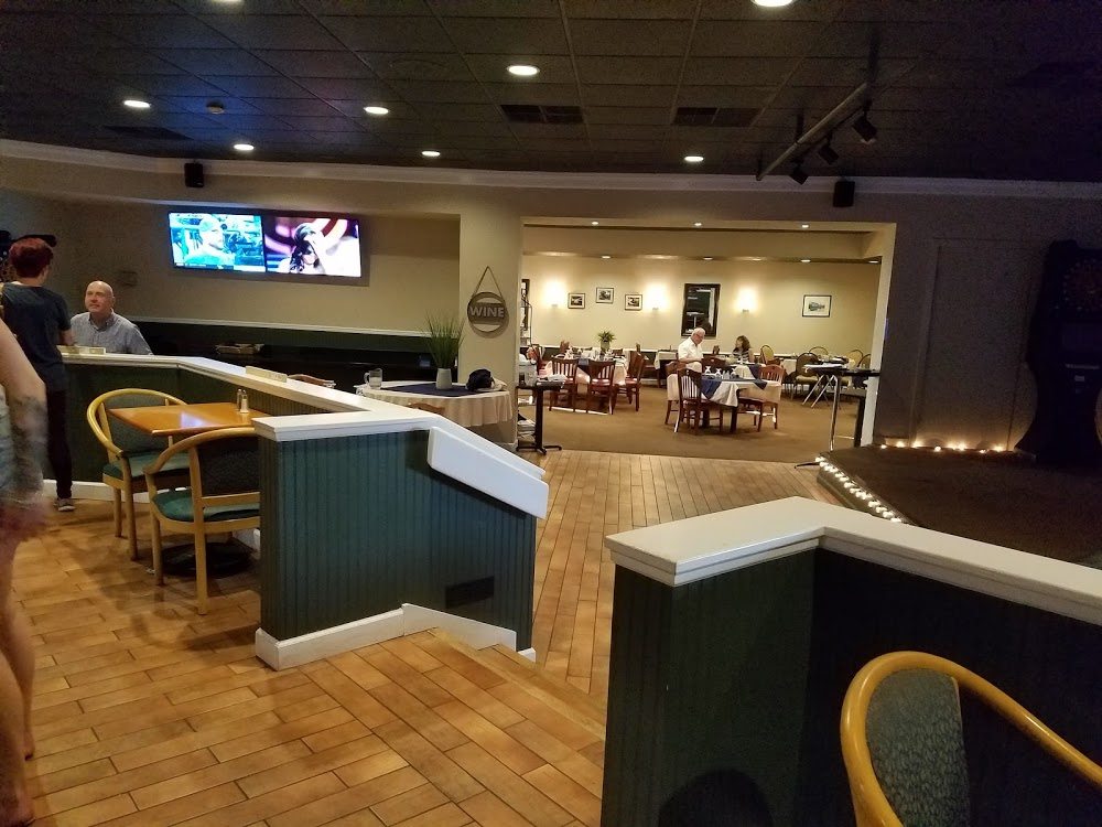 Woody's Bar and Grille
