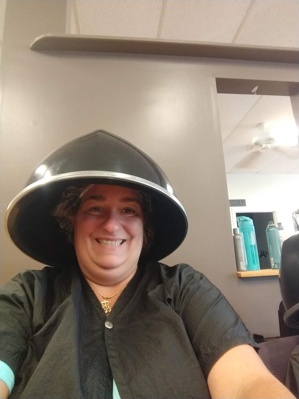 Ann Beryl's Unisex Salon