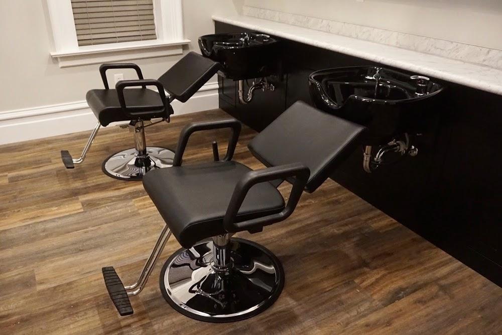 Garnet Salon